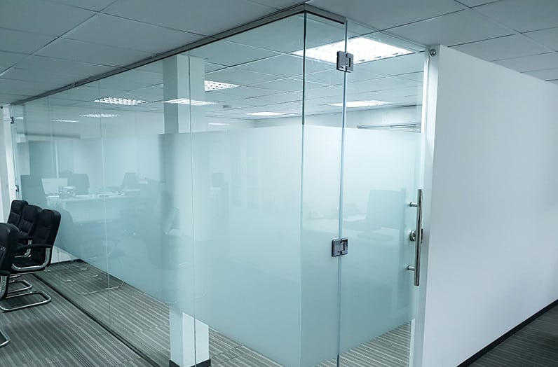 practical glass partitioning solutions for an office