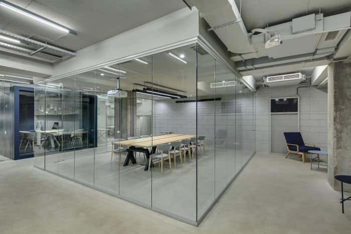 toughened glass partitions for office