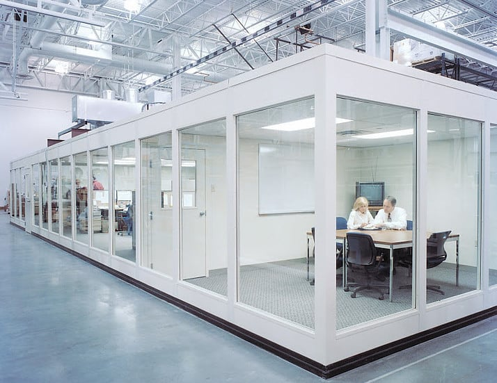 glass office partition design for a quiet workplace